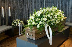 Где и как получить компенсацию на похороны